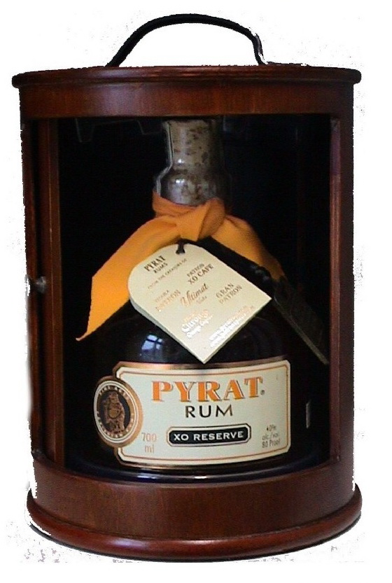 Pyrat XO Reserve Wood Box - rum 70 cl 40%